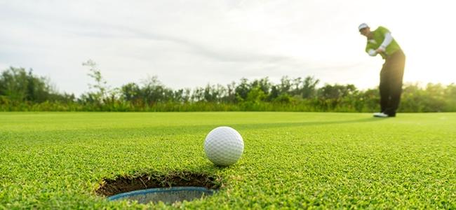Norsk-Gjenvinning_avfallshåndtering_golfklubber_foto_shutterstock_475016368