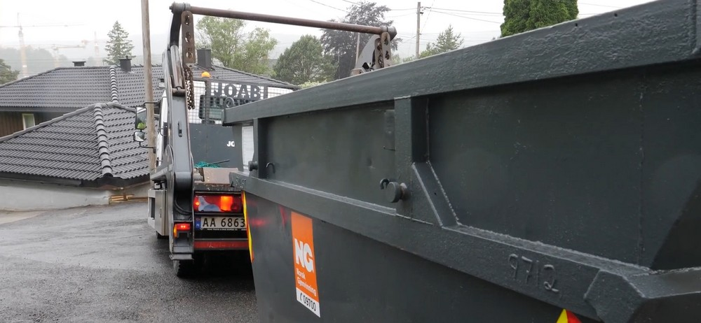 Leie av container er en effektiv og miljømessig smart måte å bli kvitt avfallet på.
